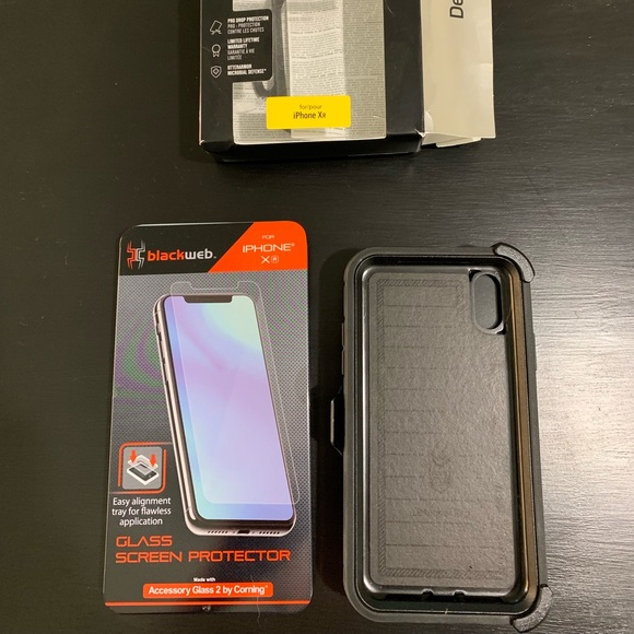 superior quality 95ad1 27544 Otter box Defender Pro case for iPhone XR